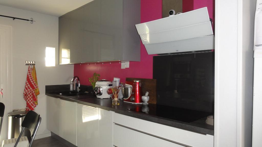 Montalieu maison T5 115 m2, garage, jardin