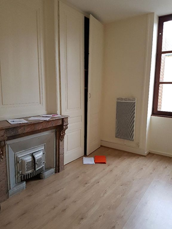 MEXIMIEUX - Appartement T2 Bis de 79 m²