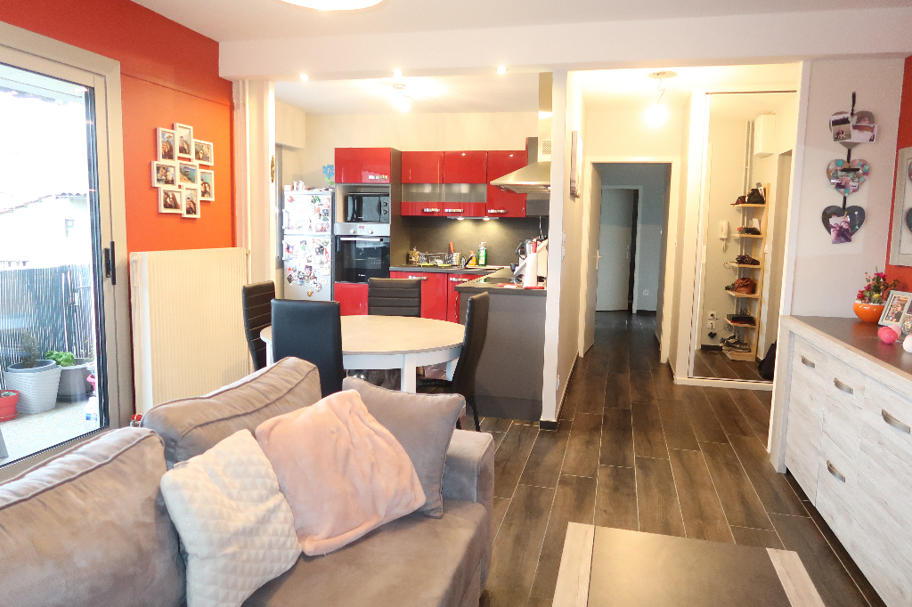 LAGNIEU - Appartement T3 de 63 m² avec grenier