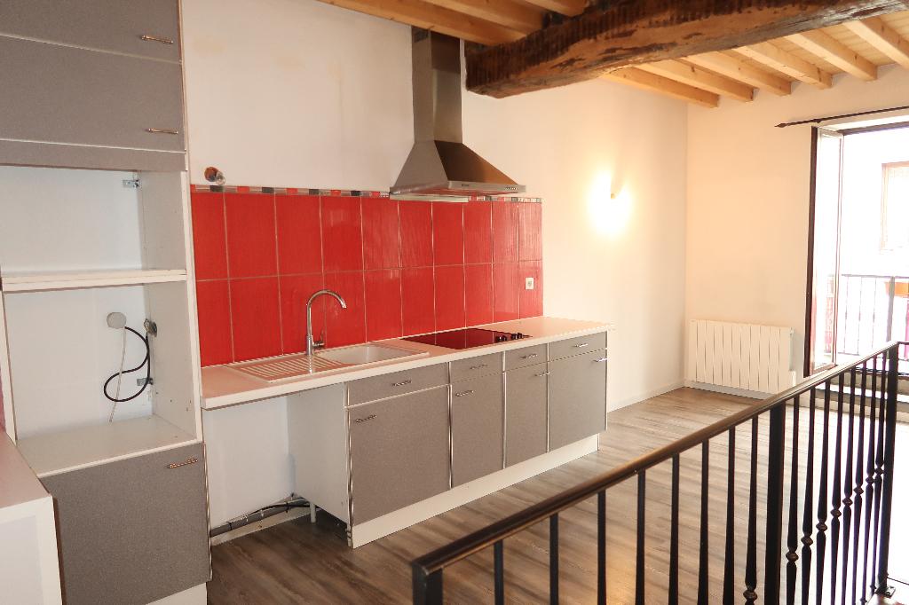Maison de village Vaux en Bugey 4 pièces 81 m2 garage balcon