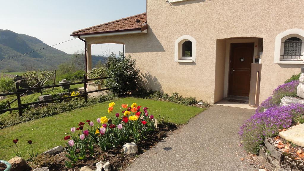 20 min LAGNIEU Villa T4 130 m² terrain 2208 m²