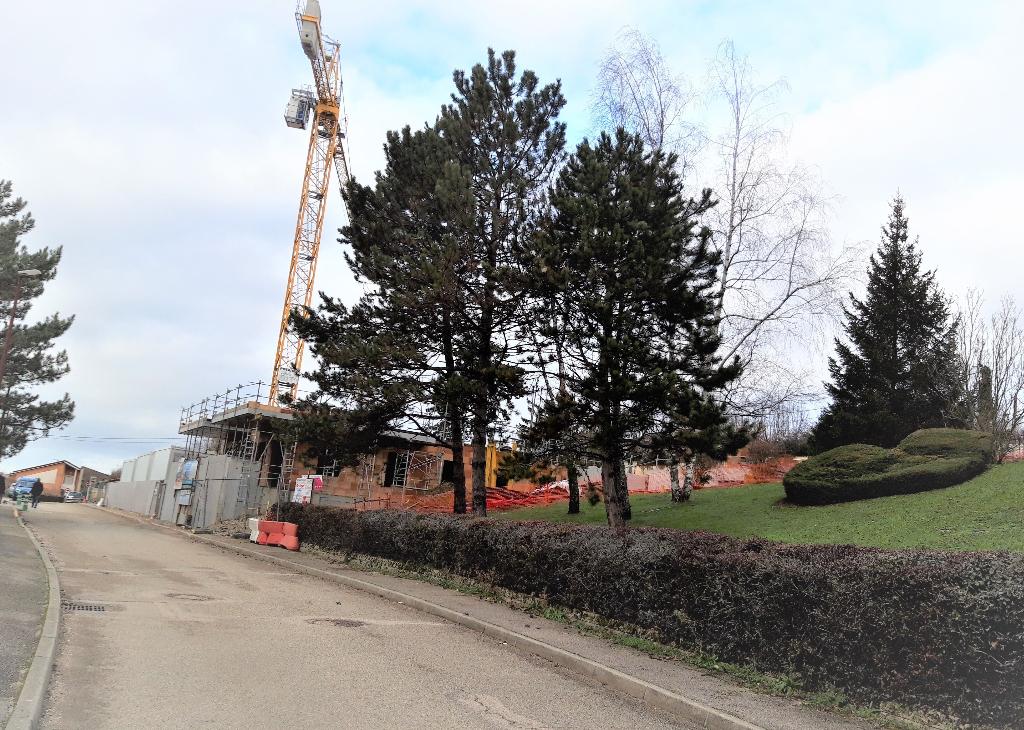 AMBERIEU EN BUGEY CENTRE - Appt T3 de 61 m2 avec belle terrasse