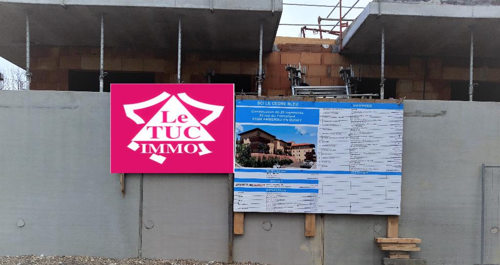 AMBERIEU EN BUGEY CENTRE - T4 Duplex de 104 m2 avec balcon, terrasse, garage et parking.