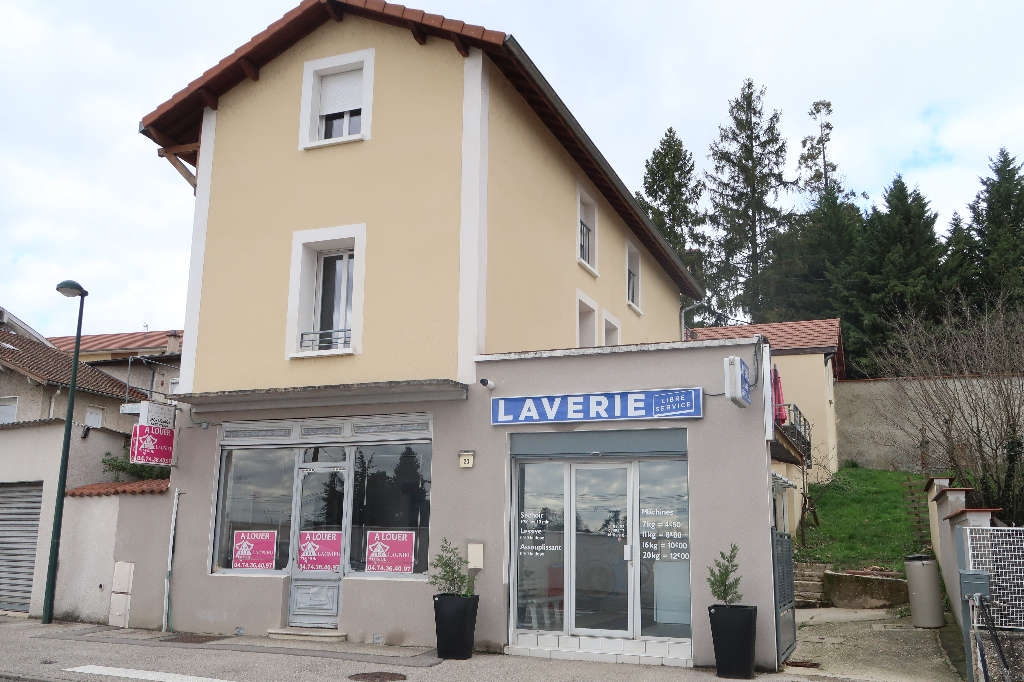 MEXIMIEUX - LOCAL COMMERCIAL 90 m²