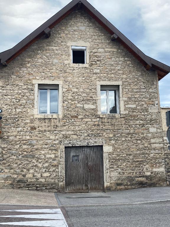 A 5 min de Lagnieu - Maison de village