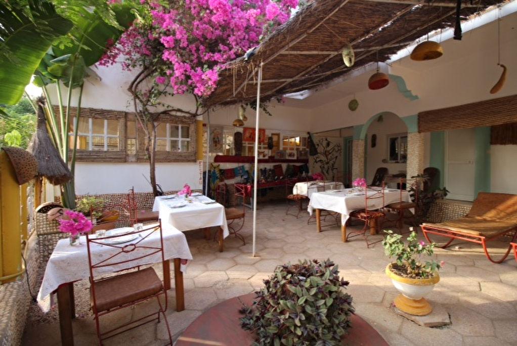 Sénégal - Auberge murs et fonds - Petite côte