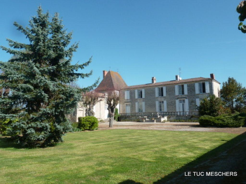 Proche Royan Château
