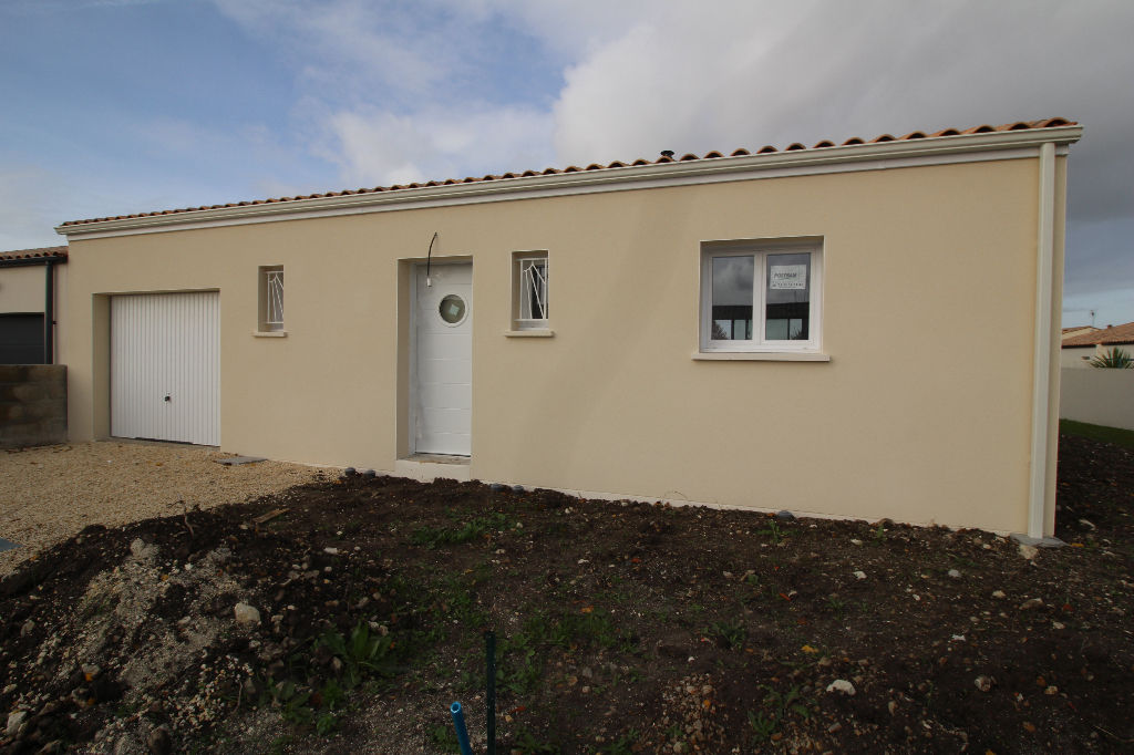 Semussac Maison neuve  64 m² env.
