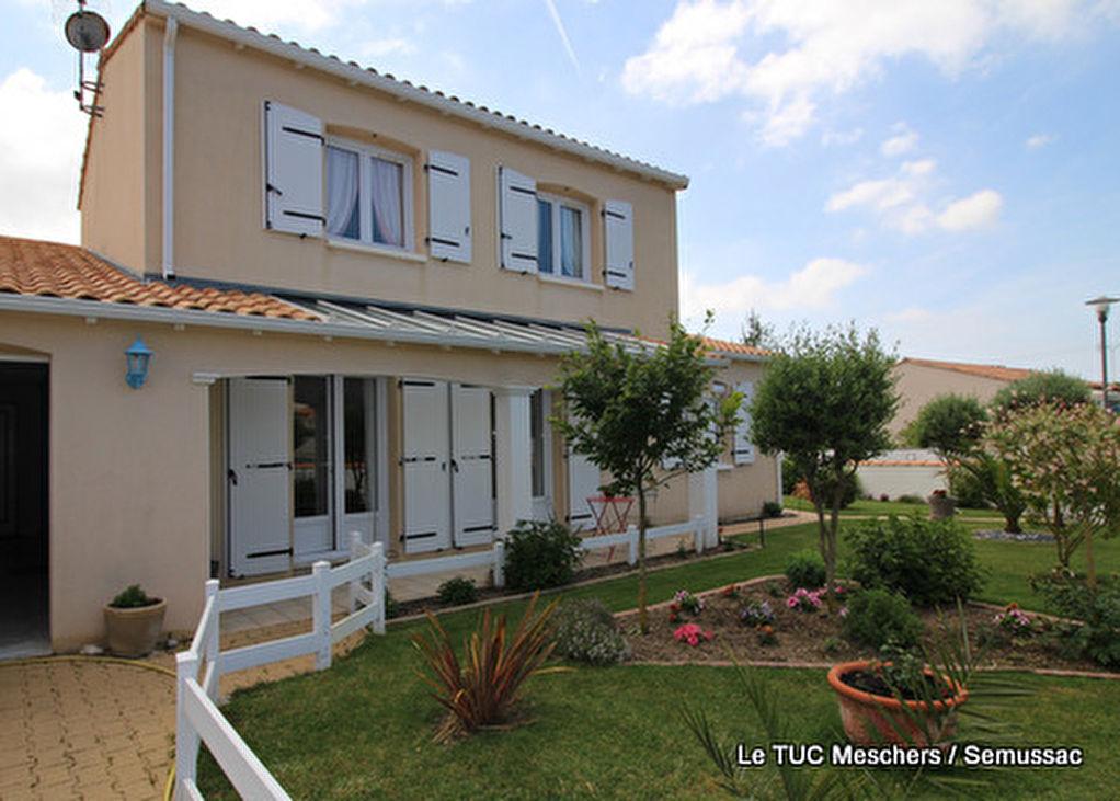 MESCHERS Maison 160 m²