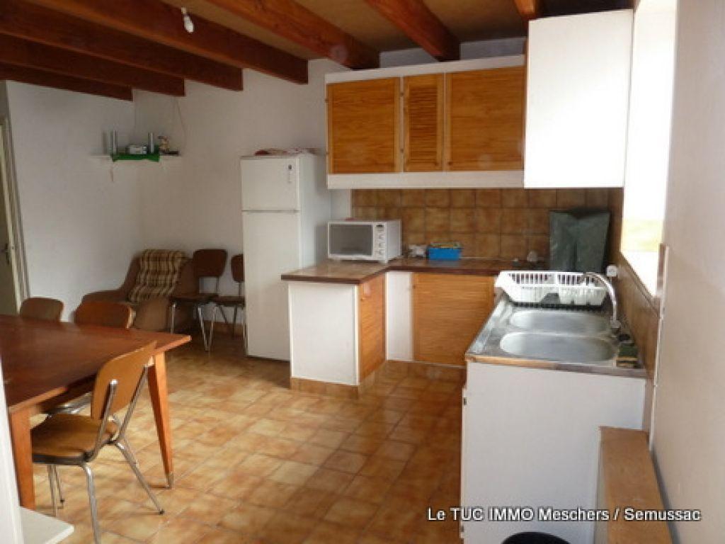 17120 Semussac Maison 80 m² env.