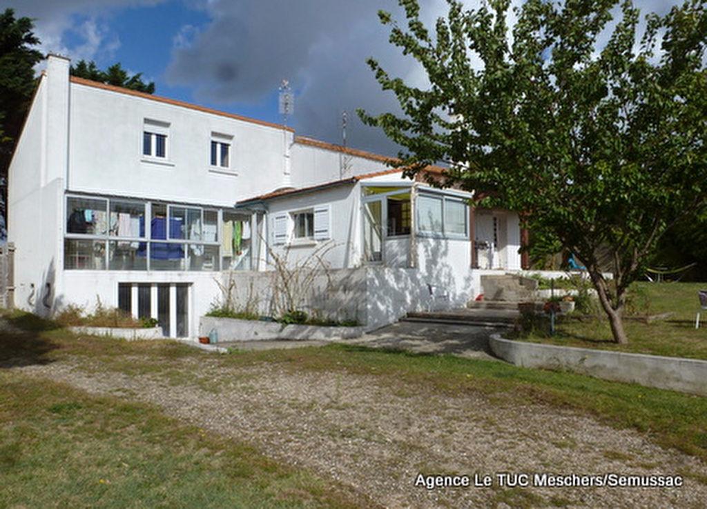 Maison Royan 8 pièce(s) 200 m²