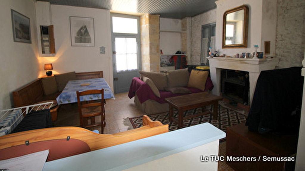 Meschers maison 60 m² environ