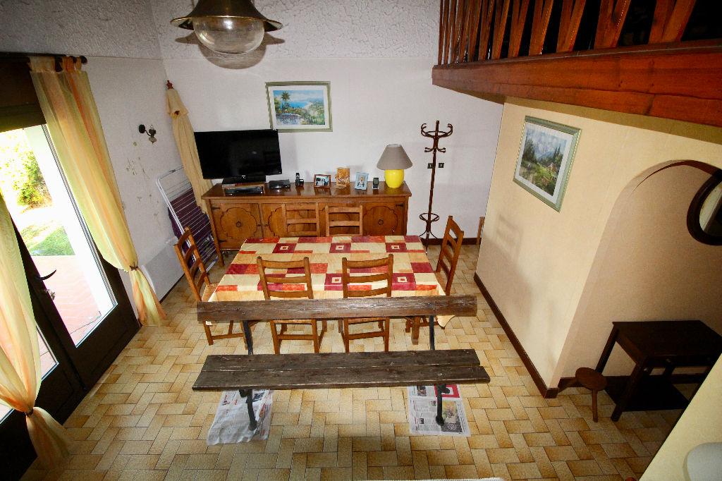 Proche Meschers maison de 70m² vue mer