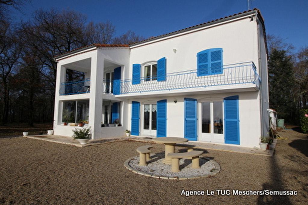 17120 Maison secteur Meschers 150 m²