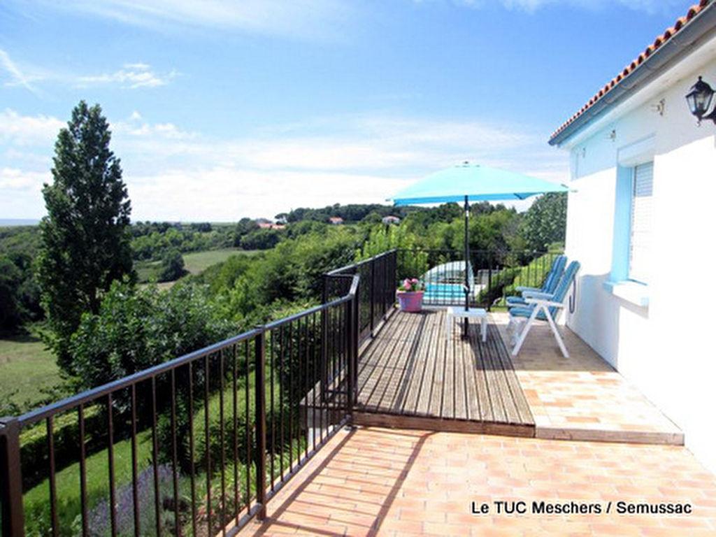 Maison Mortagne Sur Gironde 6 pièce(s) 143 m2