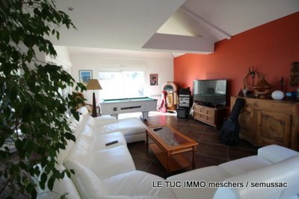 Maison Meschers 250 m² env.
