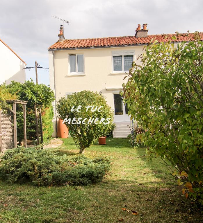 Maison Meschers Sur Gironde 75 m2 environ.