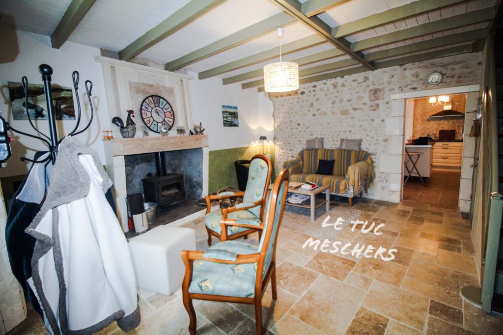 Proche Meschers sur Gironde.