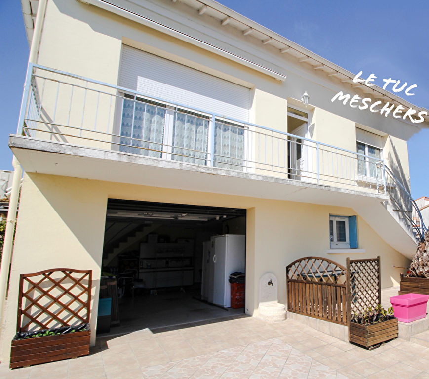Meschers sur Gironde Maison  140 m2