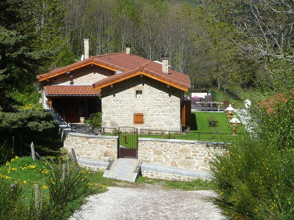 Maison Saint Bonnet Le Courreau 4 pièce(s) 157 m2