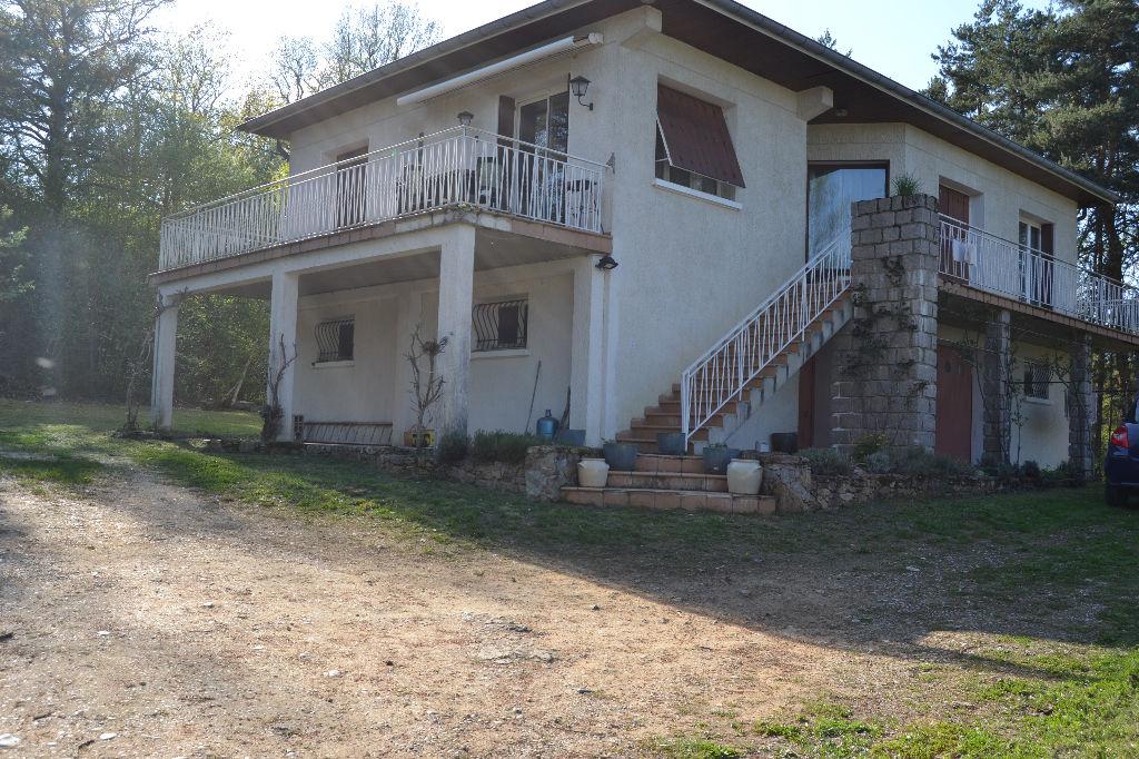 Maison 100 m² sur 4 600 m² de terain SAIL SOUS COUZAN