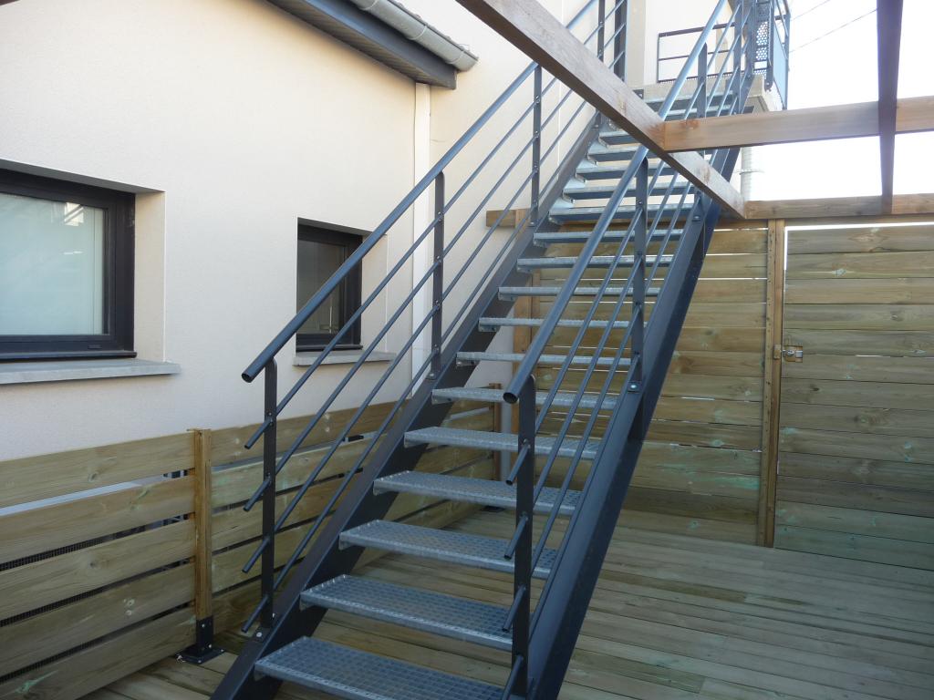 MONTBRISON proche de tout appartement neuf de 76 m² avec terrasse