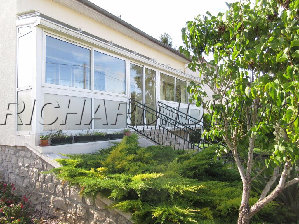 Maison A VENDRE sur de Terrain 1300 m² + dépendance et Sous-sol Total