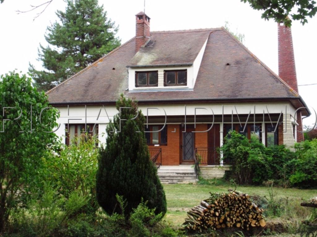 Maison A VENDRE sur 4190 m²  / Sous-sol TOTAL Compartimenté