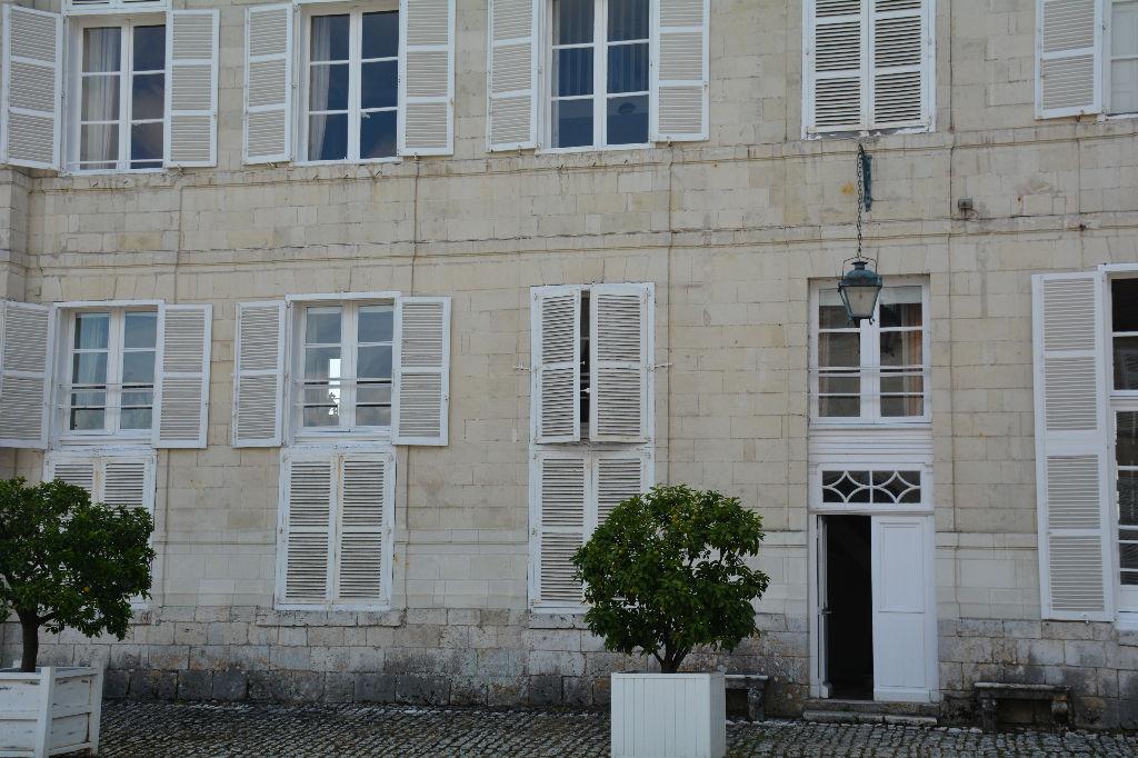 Appartement 3 pièces dans un Château en copropriété