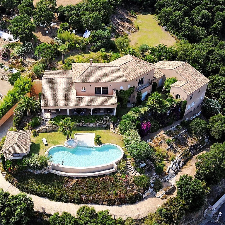 Villa Grimaud 8 pièce(s) 464 m2
