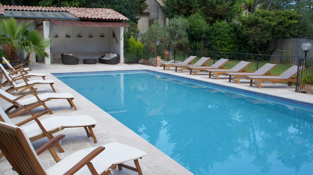 Maison Sauveterre 16 pièce(s) 410 m2