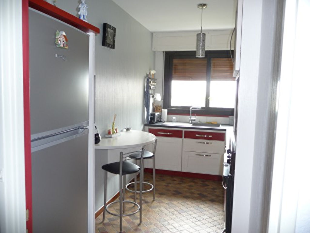 APPPARTEMENT A POITIERS COURONNERIES 3 CHAMBRES