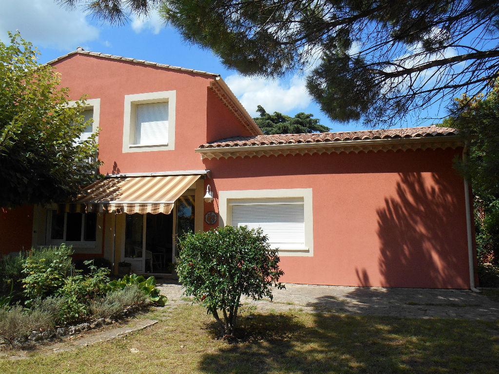 Maison Pont Saint Esprit 7 pièce(s) 149 m2