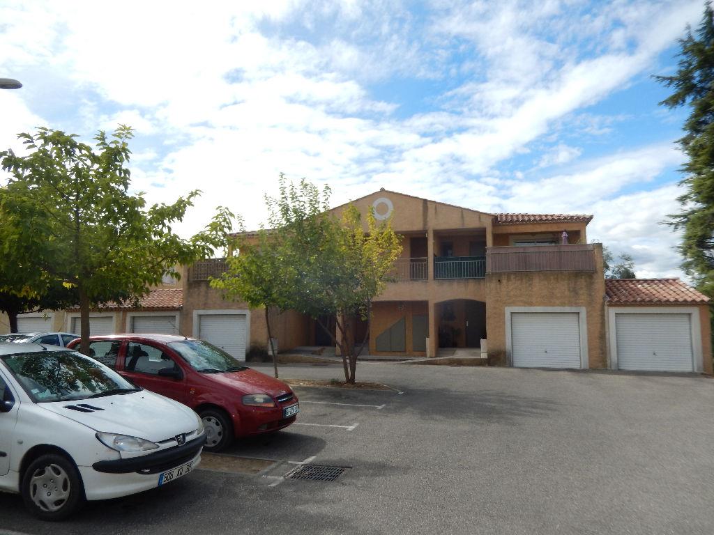 Appartement T3 avec terrasse et garage