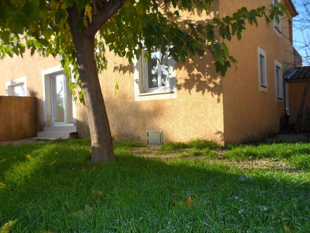 Appartement Pont Saint Esprit 3 pièce(s) 64 m2