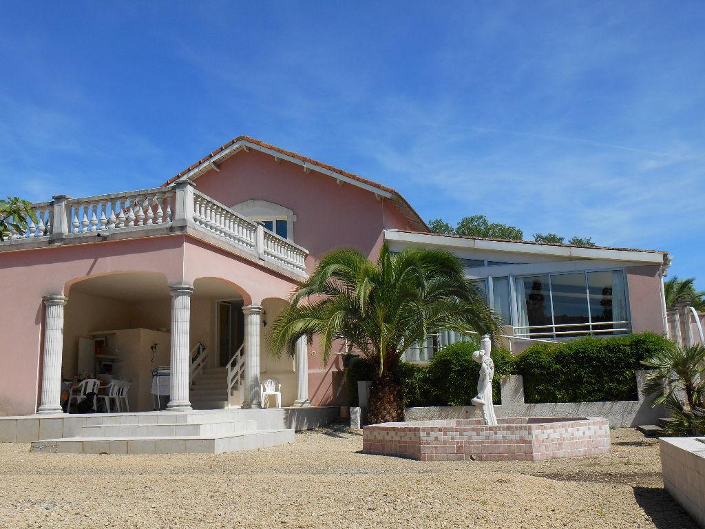 Villa Saint Martin D'ardeche 8 pièce(s) 270 m2