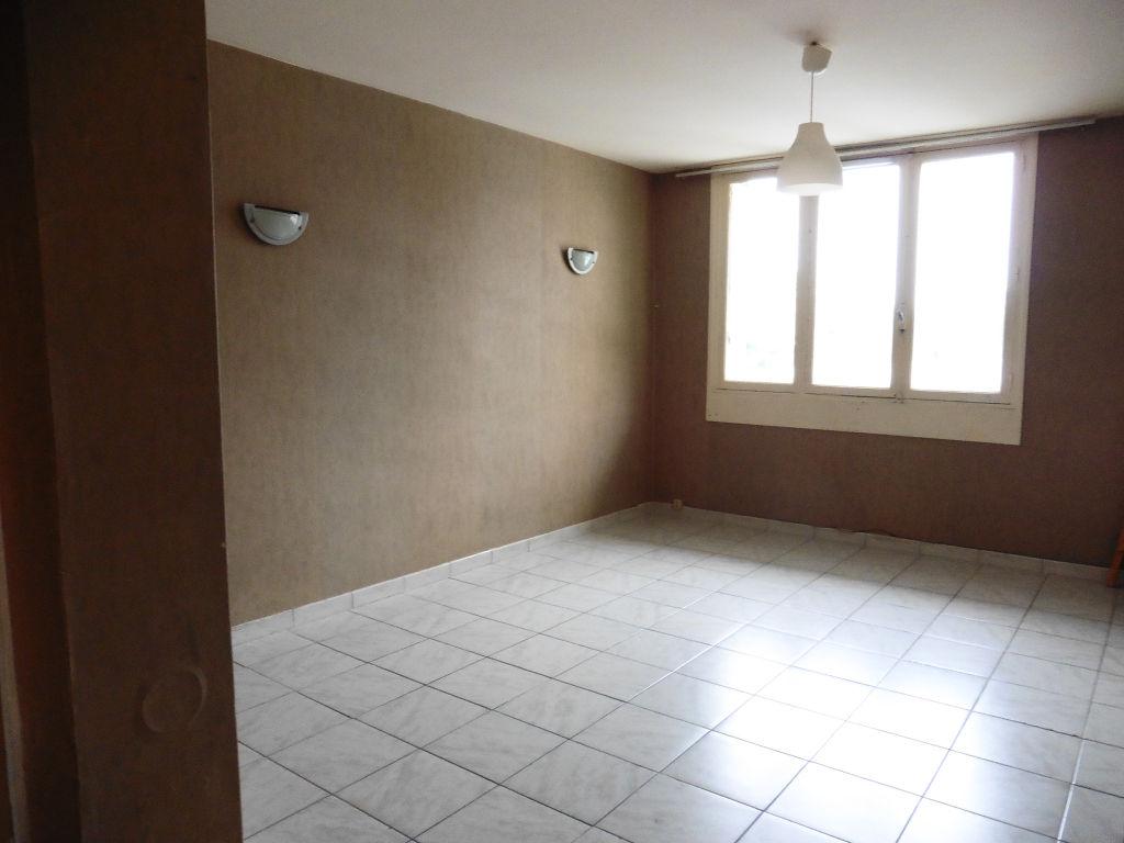 Appartement T4 au rdc