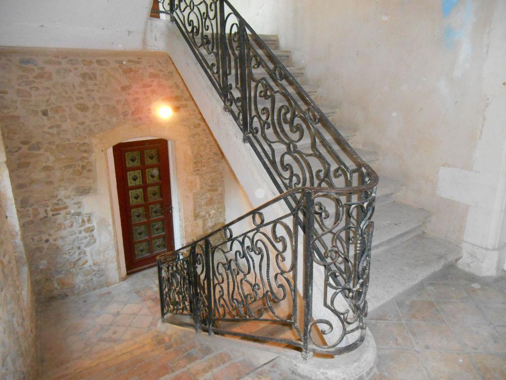 Maison Pont Saint Esprit 7 pièce(s) 153 m2