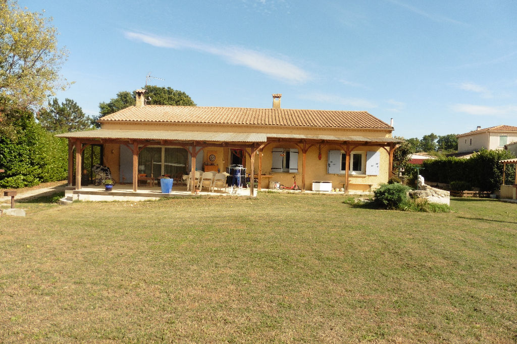 Villa Pont Saint Esprit 157 m2 sur 2437m² de terrain