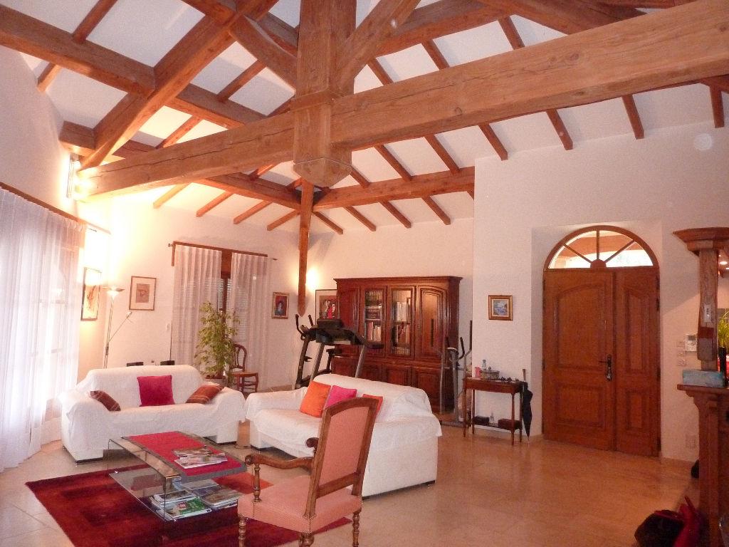 Maison Pont Saint Esprit 300 m2