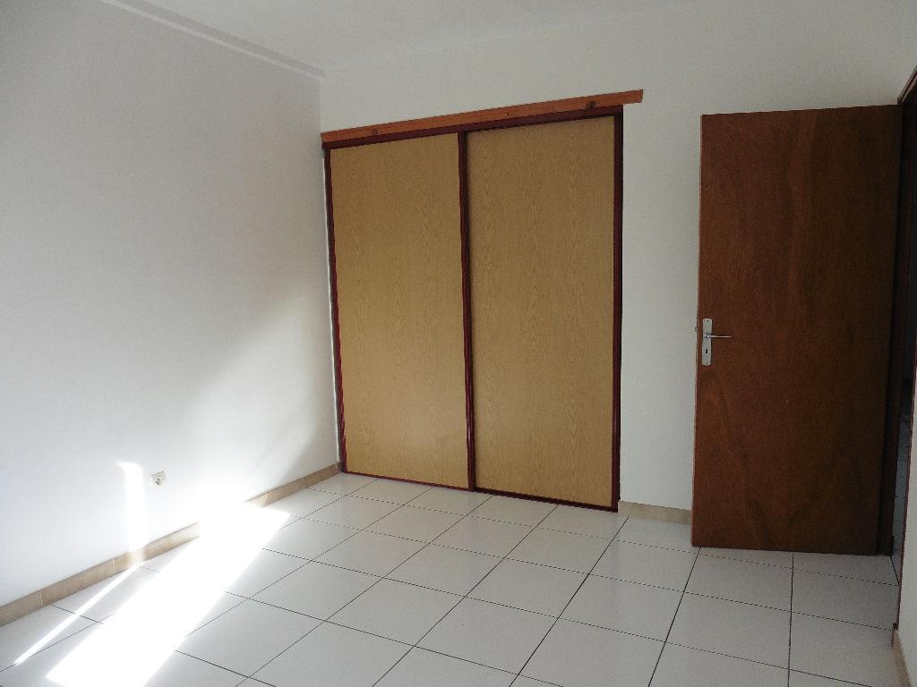 Appartement Pont Saint Esprit 2 pièce(s) 56 m2