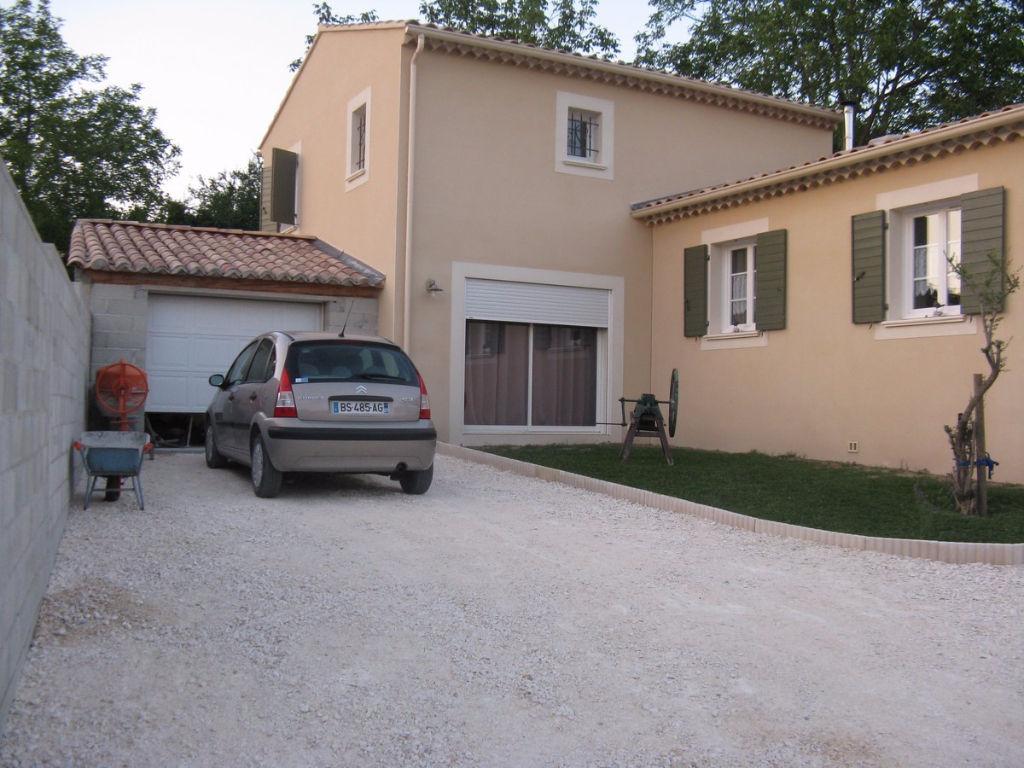 Villa  Récente avec piscine, Saint Just D Ardeche 7 pièce(s) 150 m2