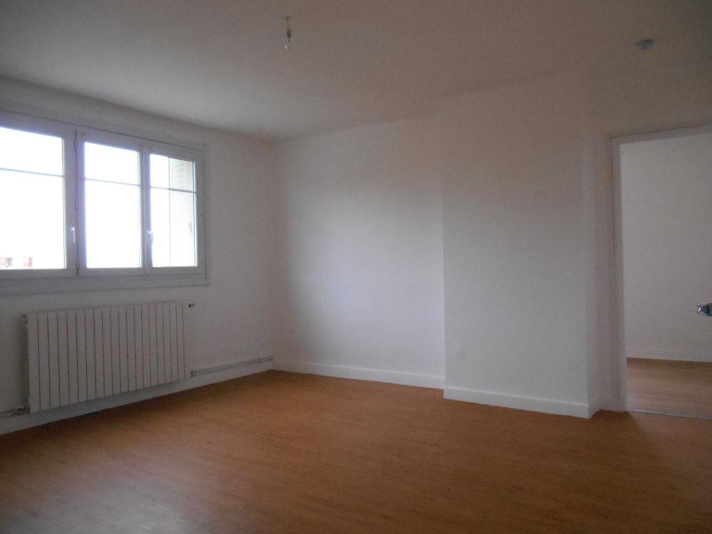Appartement Pont Saint Esprit 4 pièce(s) 66.25 m2