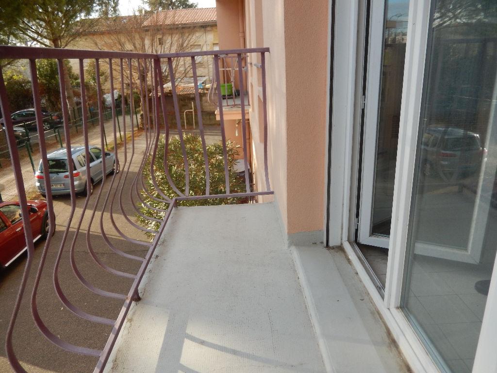 En exclusivité, appartement T4 avec balcon