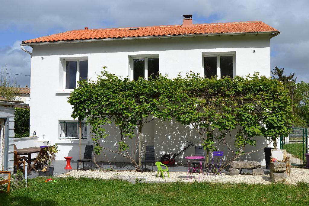 Maison à Saintes (17) rive gauche