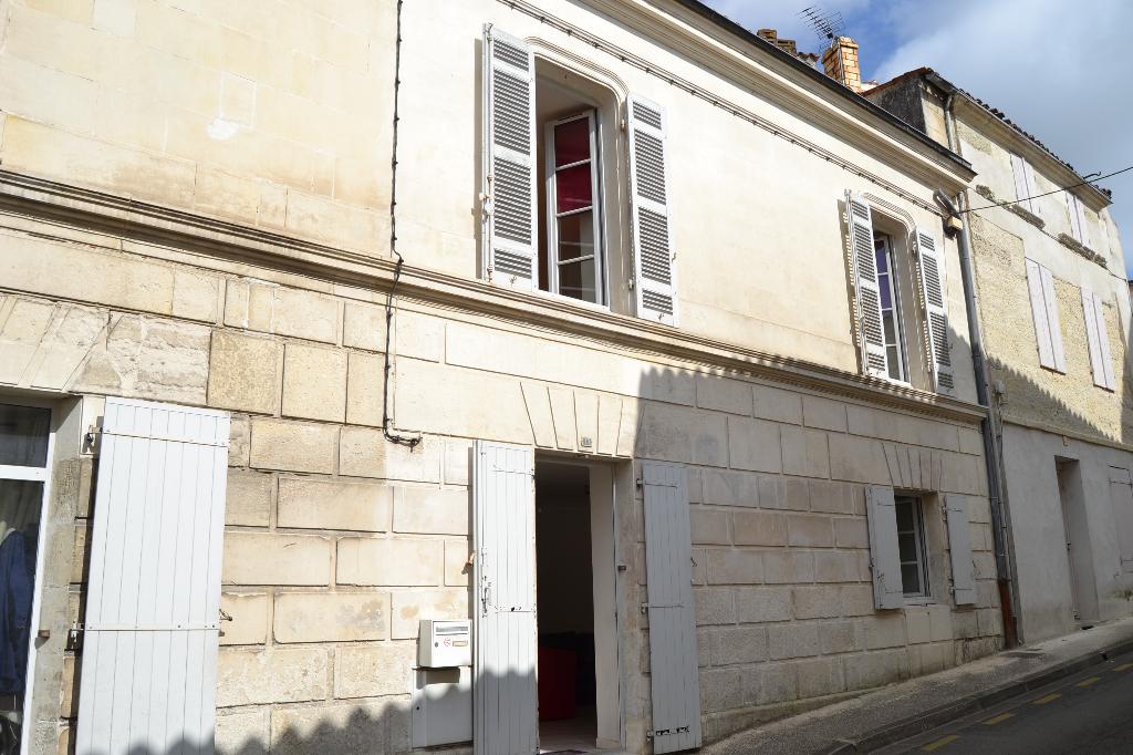 Maison Saintes (17) rive gauche