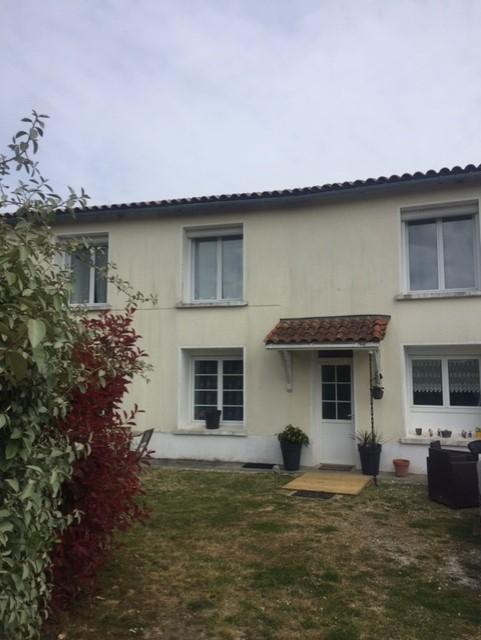 Maison à Pisany (17)