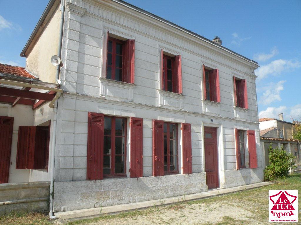 REIGNAC Maison en pierres 180 m² avec dépendance