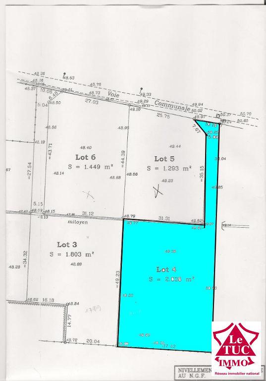 SAINT CAPRAIS DE BLAYE  Terrain à bâtir de 2 038 m²