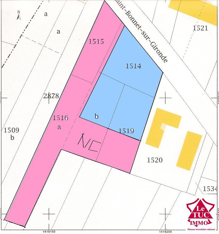 ST CIERS SUR  GIRONDE Terrain à bâtir 2407 m² en première ligne